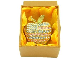 Bejeweled Wish-Fulfilling Apple Jewelry Box1