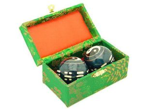 Blue Yin Yang Chinese Health Balls With 8 Trigrams1