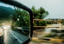 Travel Mirror by Patsnick is licensed under CC