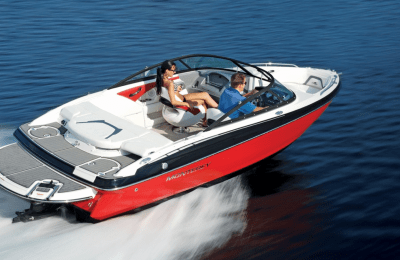 Choosing Best Bowrider Boats….Why Do They Deserve Your Consideration