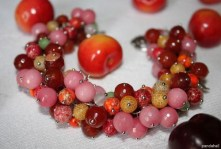 Red Cluster Bead Bracelet