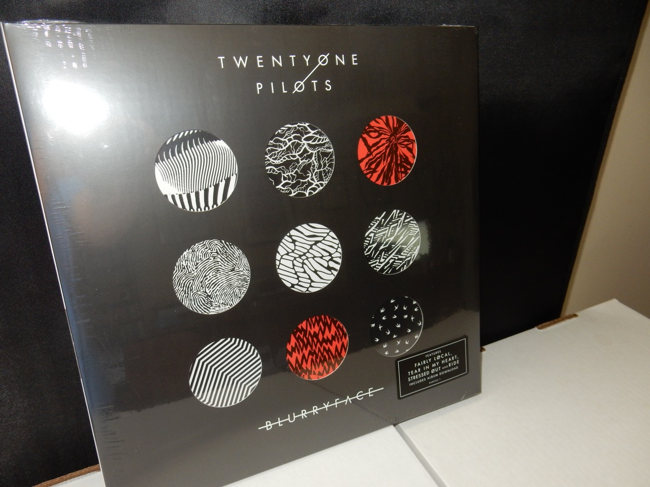 "Twenty One Pilots ""Blurryface"" Ltd Ed 2XLP Die-cut Splatter Colored Vinyl"