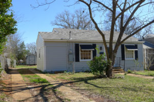 2 Bedroom 1 Bath Cottage House – For Rent – Palestine TX Real Estate