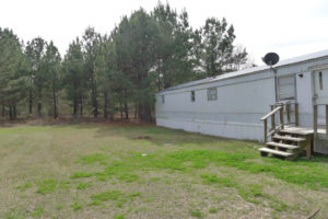 FOR RENT 3 Bed 2 Bath Country Mobile Home- 177 PR 6103, Palestine, TX