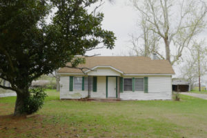 FOR RENT 2 Bed 1 Bath Country Mobile Home- 2243 ACR 157, Palestine, TX