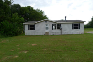 FOR RENT 3 Bed 2 Bath Country Mobile Home- 2229 ACR 157, Palestine, TX