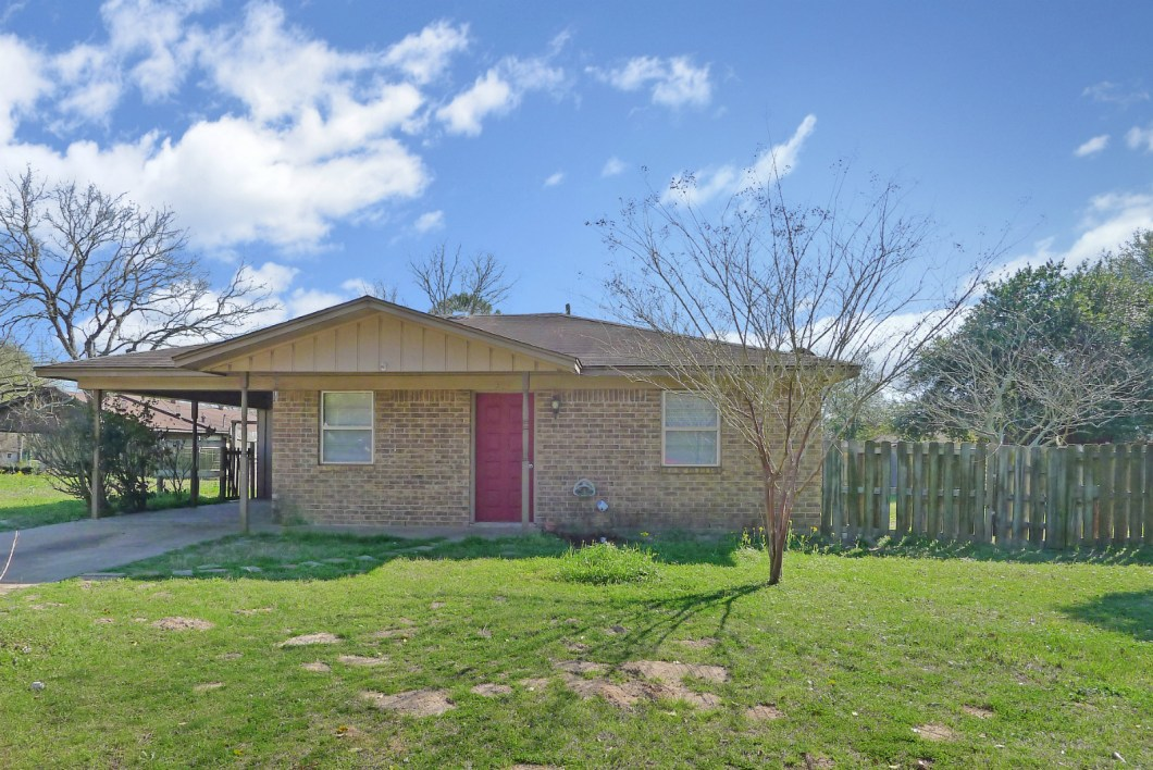 308 Sandy Cir, Grapeland, TX-House for Sale