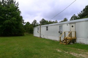 FOR RENT 3 Bed 2 Bath Country Mobile Home- 203 PR 6103, Palestine, TX
