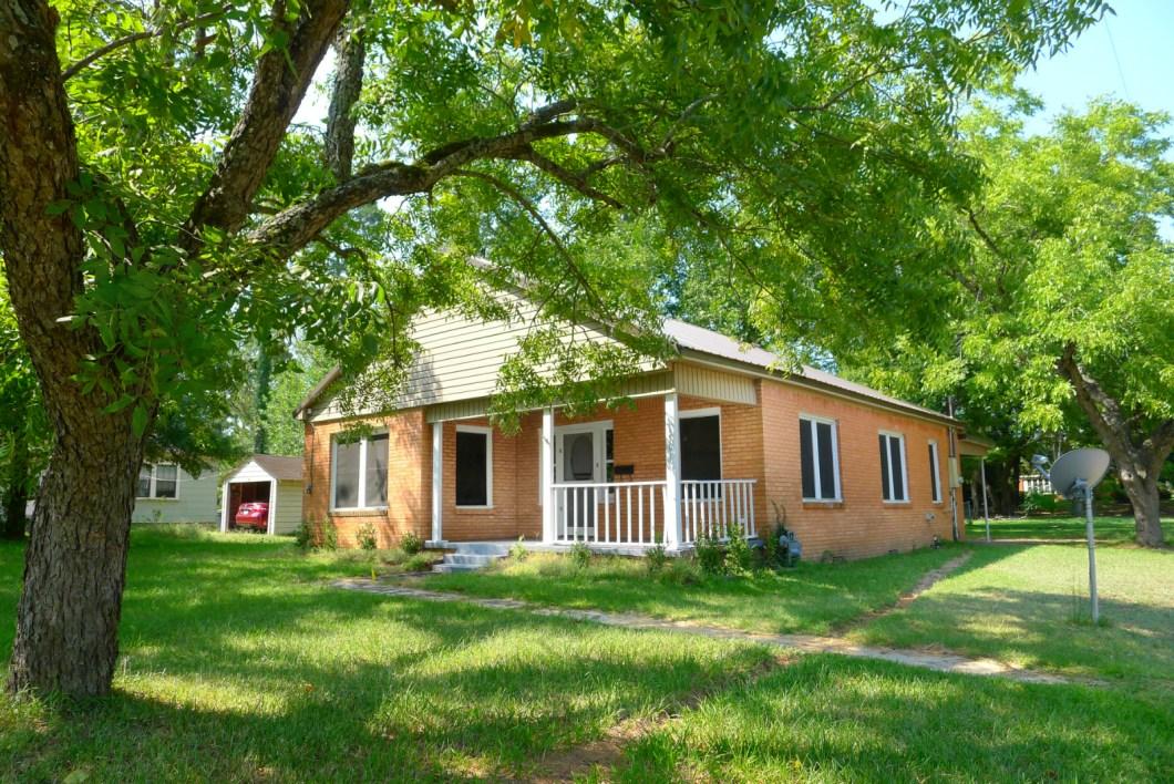 FOR RENT 2 Bed 1 Bath House- 1501 Crockett Rd, Palestine, TX