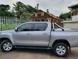 Toyota Hilux Double Can 2016