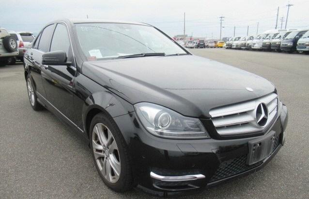 Mercedes Benz 2012 C200