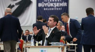 İbrahim Özkan: İBB Meclisi'nde önümüzdeki dönem AKP içinde kopmalar yaşanacak
