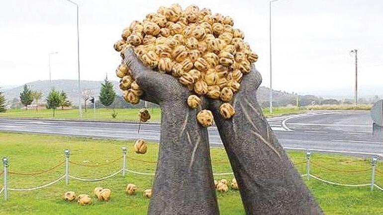 Sanatçılar tartışıyor: Kavun karpuzla sanat olur mu