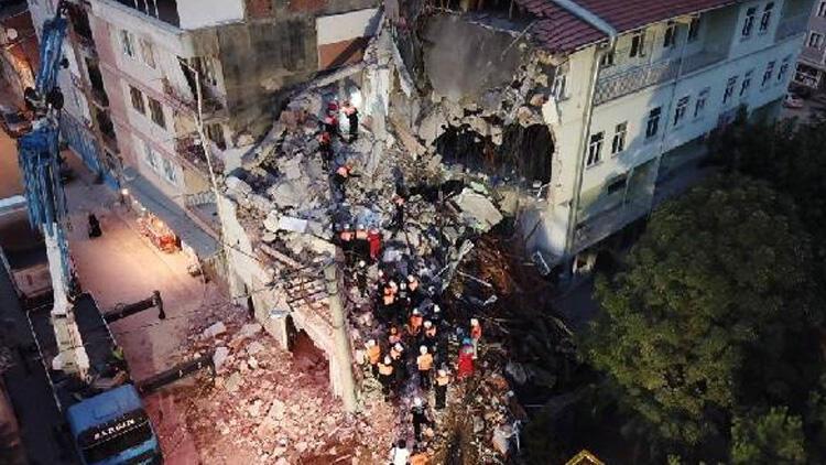 Gerçeğini aratmadı! Bursa'da deprem tatbikatı