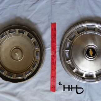 back and front view of hubcap # c13chev1976_8