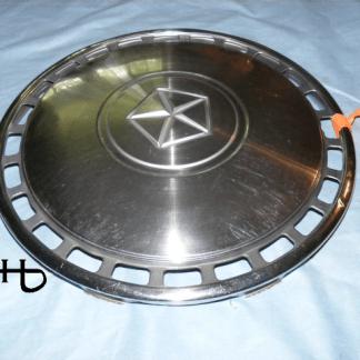 detai view of hubcap # c13dodg1983_1