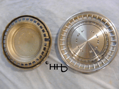 back and front view of hubcap # c14dodg1972_6