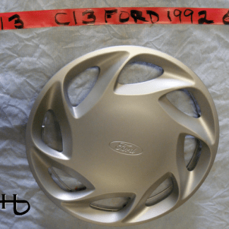 Front view of hubcap # c13ford1992_6