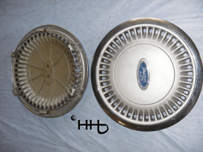 back and front view of hubcap # c14ford1986_6