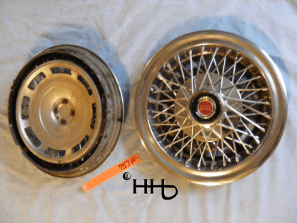 back and front of hubcap # w14ford1977_3