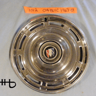 Front view of hubcap # c14buic1967_8