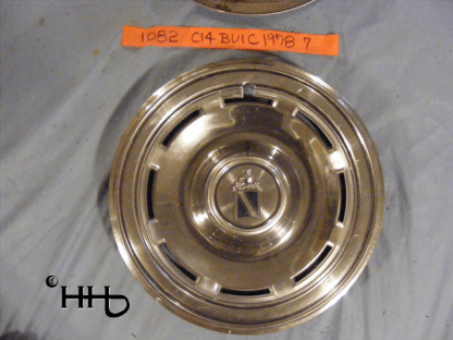 Front view of hubcap # c14buic1978_7