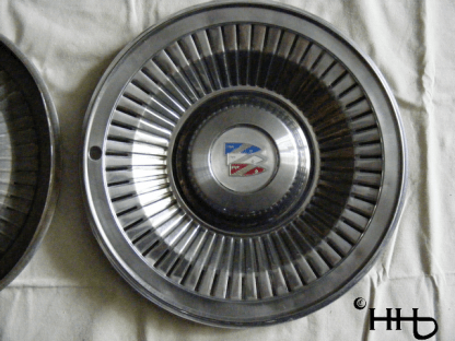 front view of hubcap # c15buic1977_7