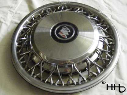 profile view of hubcap # w15buic1993_1