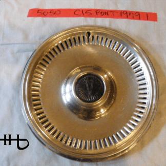 front view of hubcap # c15pont1979_1