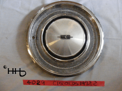 front view of hubcap # c15olds1972_2