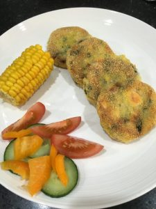 Buzymum - Crunchy salmon fish cakes with a polenta coating