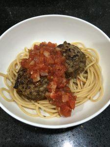 Buzymum - Spaghetti & Mozzarella Meatballs with a basic Tomato Sauce