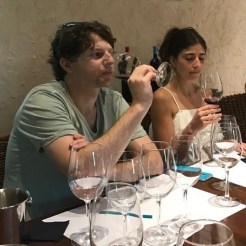 Buzymum - Wine tasting in Santa Cruz