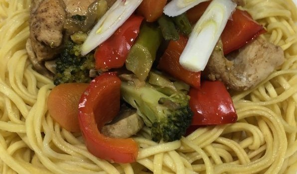 Chinese Chicken & Vegetable Noodles