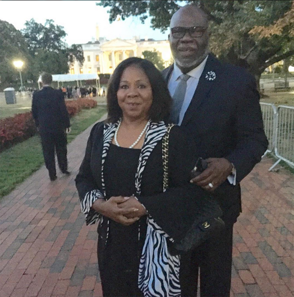 T D  Jakes Attends Pope Francis's Ceremony, Says 'Pray' For