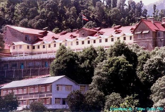 Photo Credit http://uttarakhandpravasi.com/about-uttarakhand/schools-in-uttarakhand/
