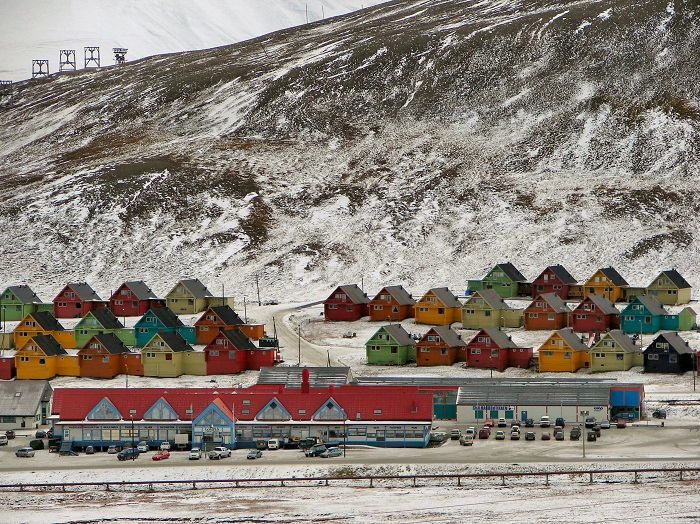 Photo Credit http://www.breakingnews.com/topic/longyearbyen-svalbard-sj/