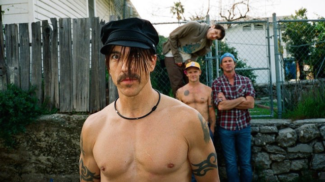 Red Hot Chili Peppers (Photo by Clara Balzary)