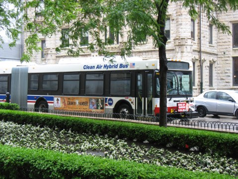A new Chicago hybrid bus.