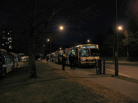 And one picture of the extra shuttle buses at the edge of the loop, waiting to be deployed :)