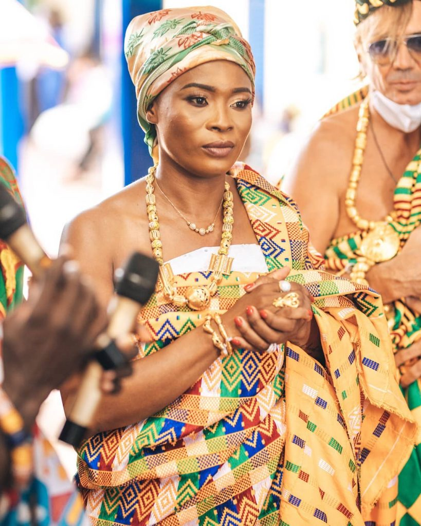 The richest woman in Ghana Joana Gyan Enstooled as queen mother in Agona (photos + video) 3