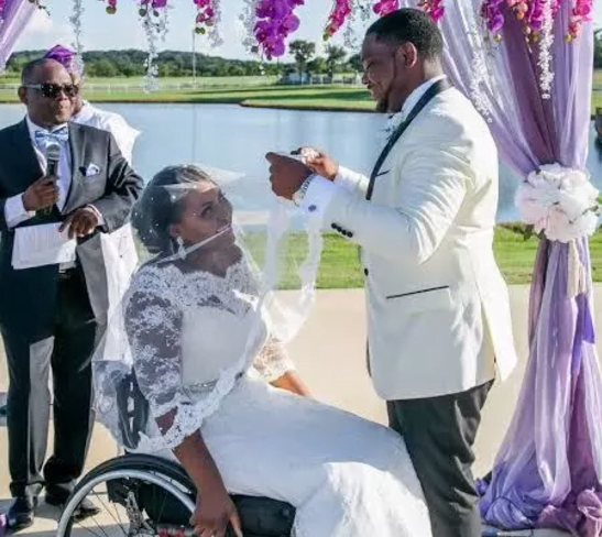 Meet Lizzy; a lady in a wheelchair with a spinal cord injury who 'slays' better than some ladies. 3
