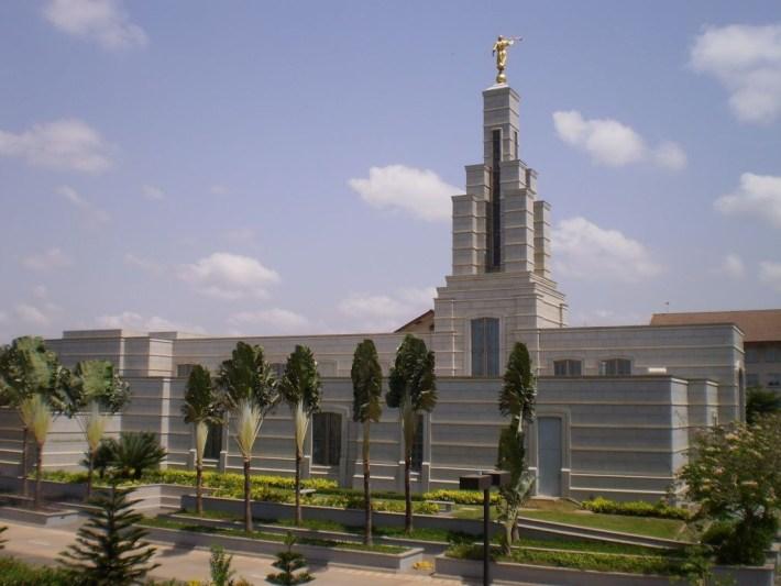 accra-mormon-temple19
