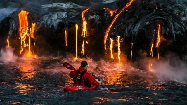 Erimiş Lavın Yanında Kayak Keyfi, Hawaii