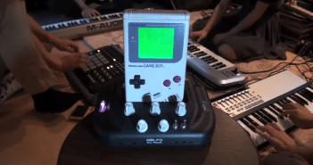 ゲーム機を音源に演奏する動画