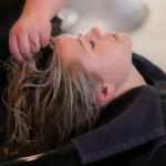 Come lavarsi i capelli nel modo corretto