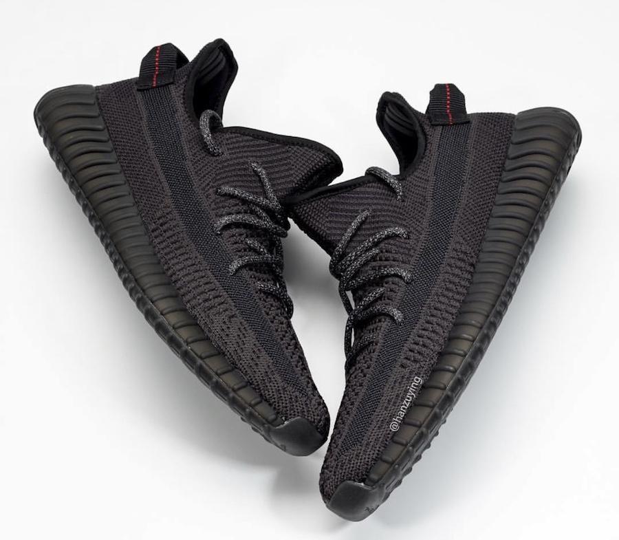 yeezy boost 35v2 triple black