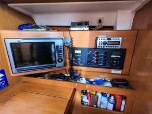 Beneteau Cyclades 50 Tatonka-01 nav station