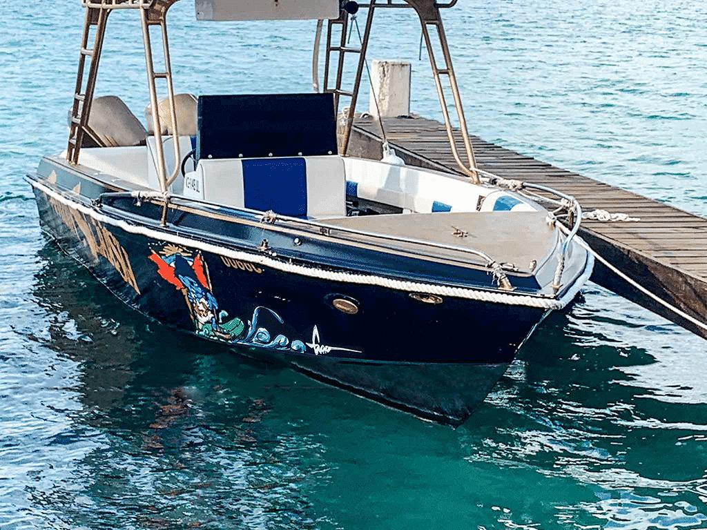 Formula 3 Powerboat Captain Slaash-18 smal