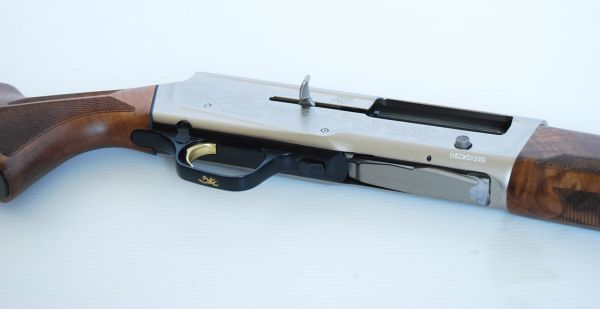Browning A5 Ultimate Partridges 12/76  76